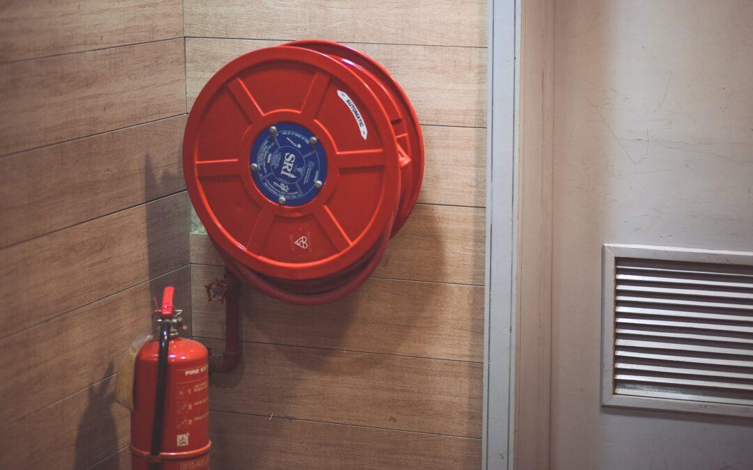 De beste brandblusser voor uw woning met rieten dak